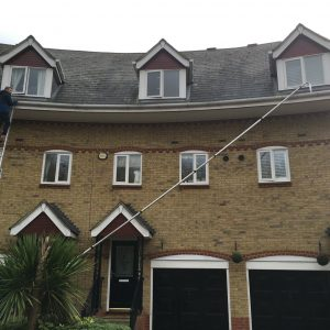 roof-and-gutter-cleaning-services6